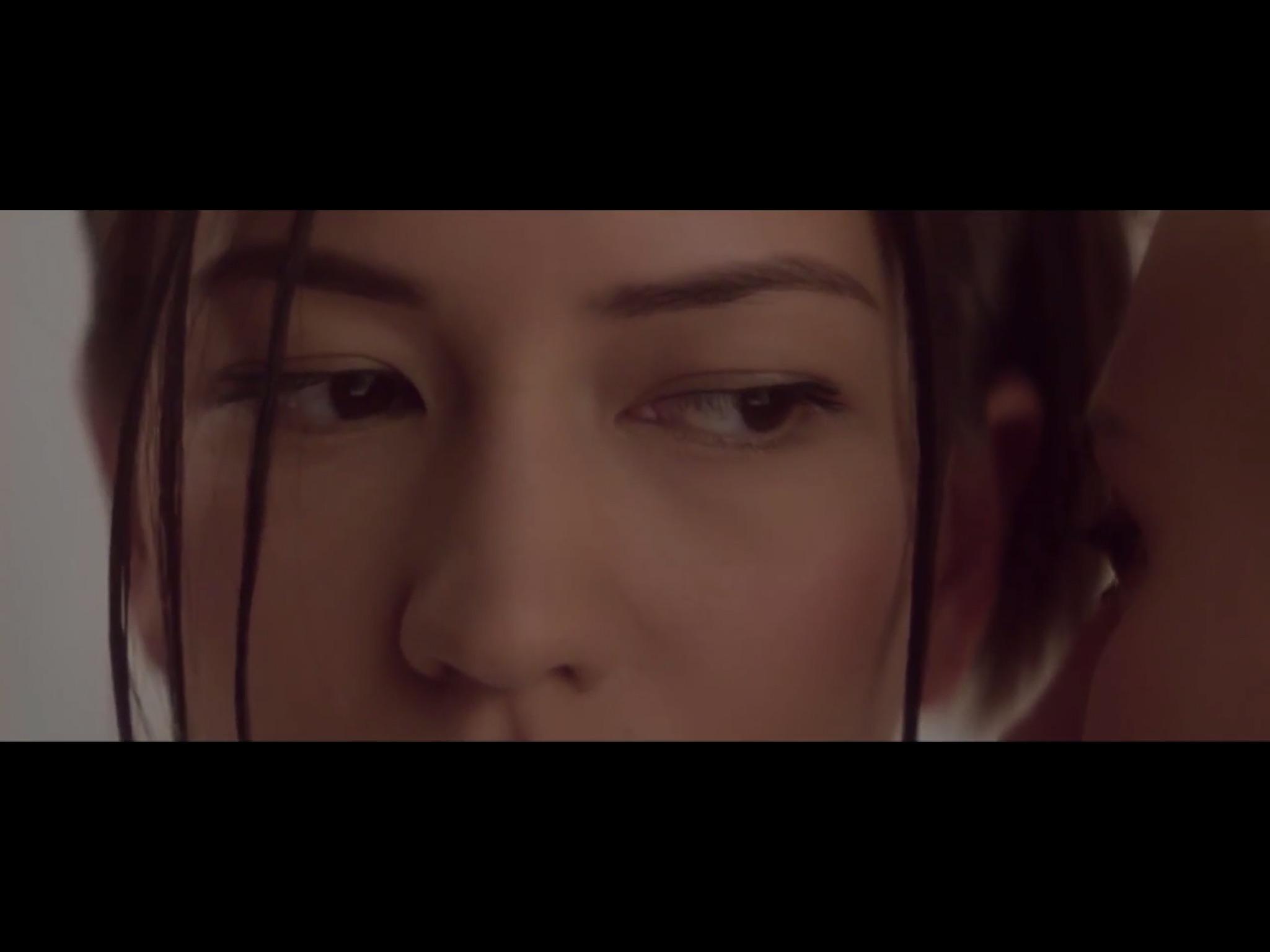 ex-machina-movie-screenshot-34.JPG