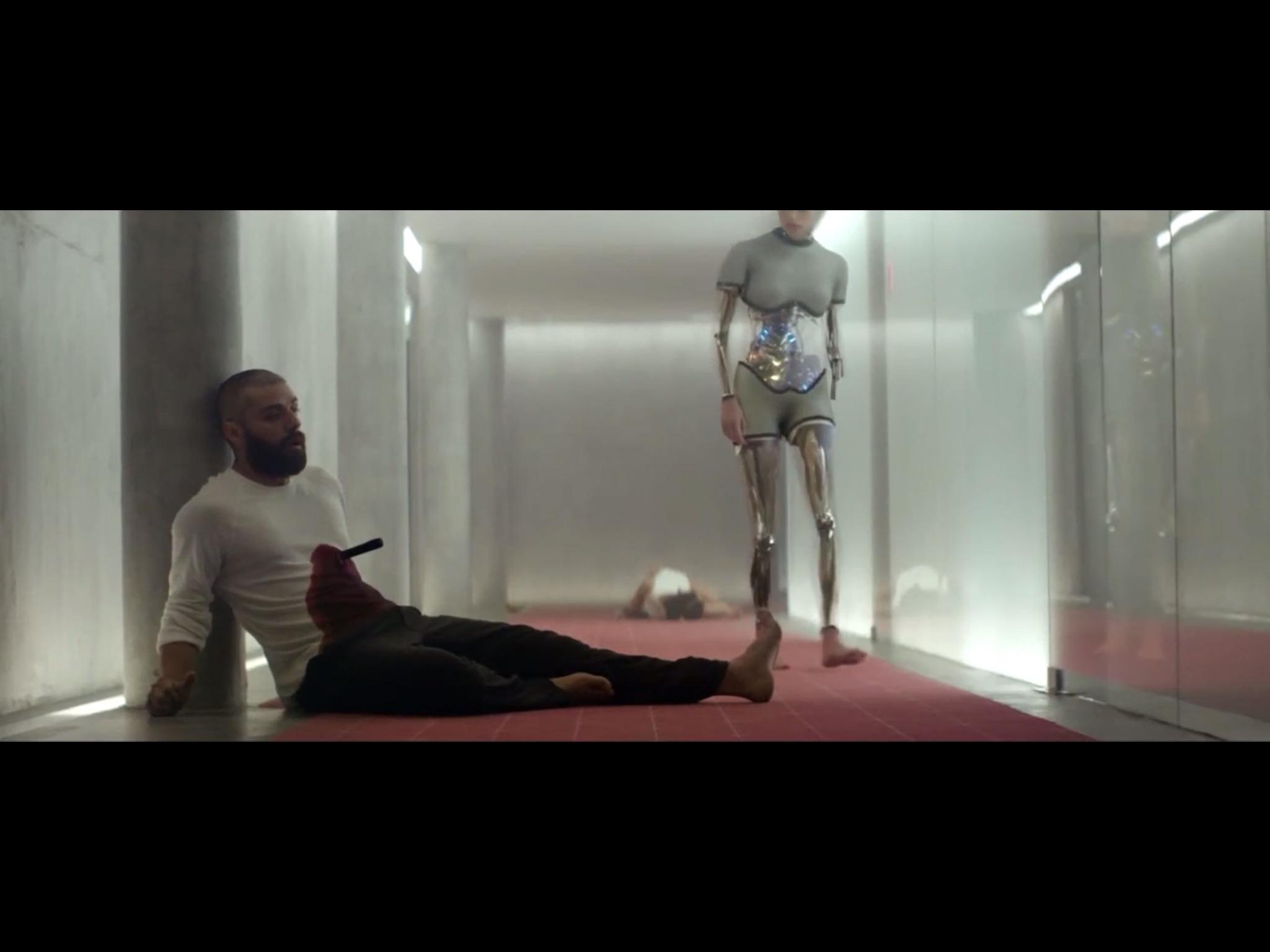 ex-machina-movie-screenshot-46.JPG