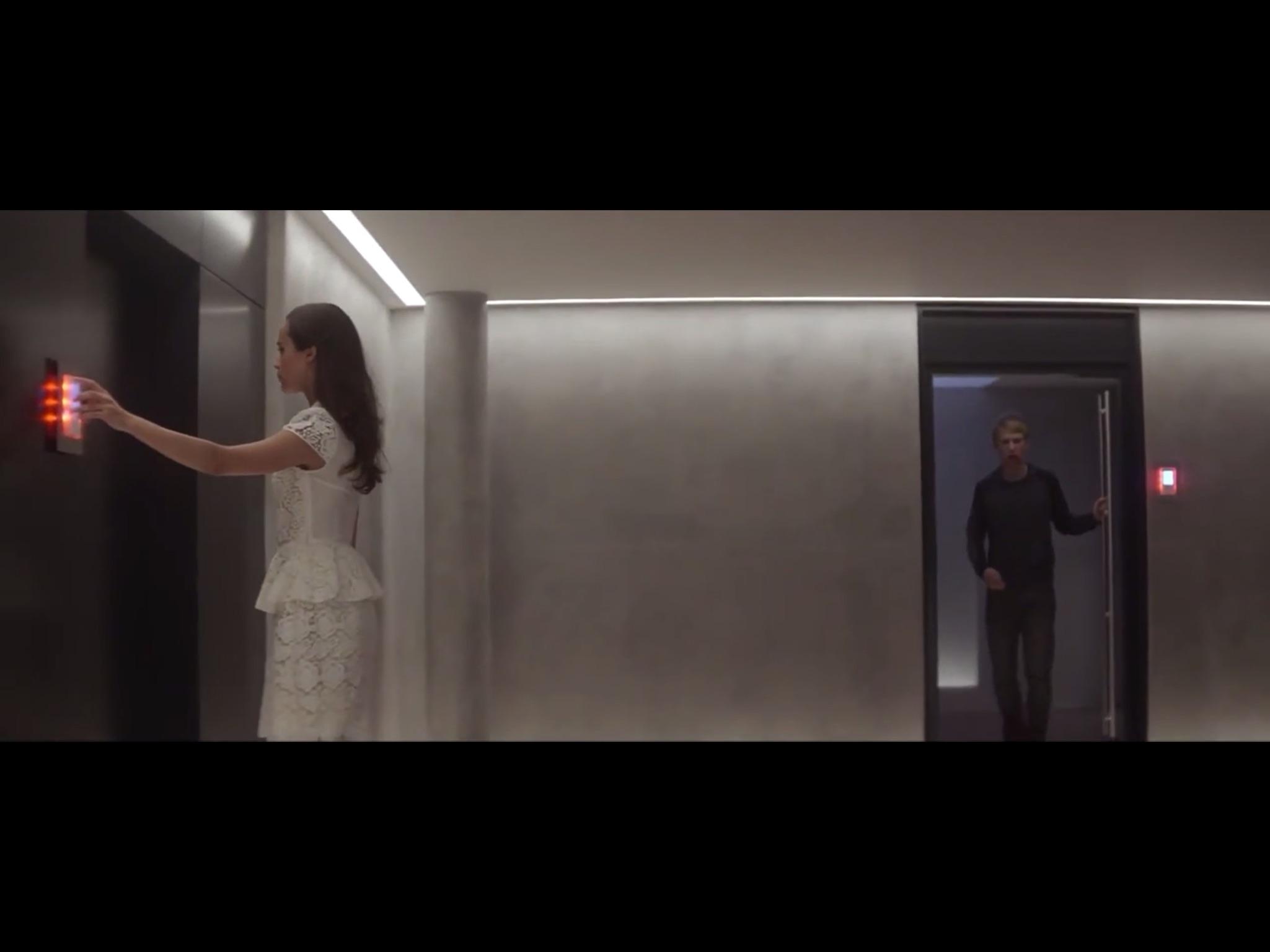 ex-machina-movie-screenshot-56.JPG
