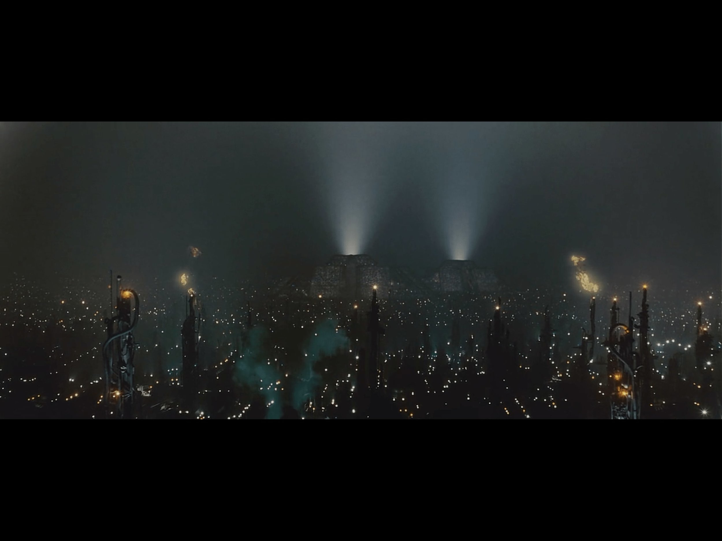blade-runner-movie-1982-screenshot-1-min.jpg