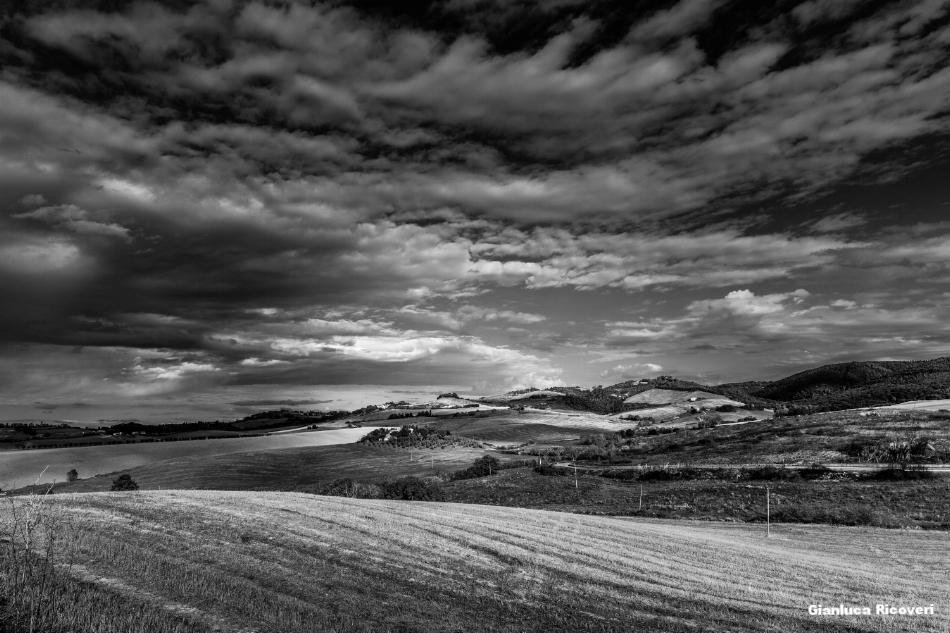 Tuscany's hills in B&W # 14