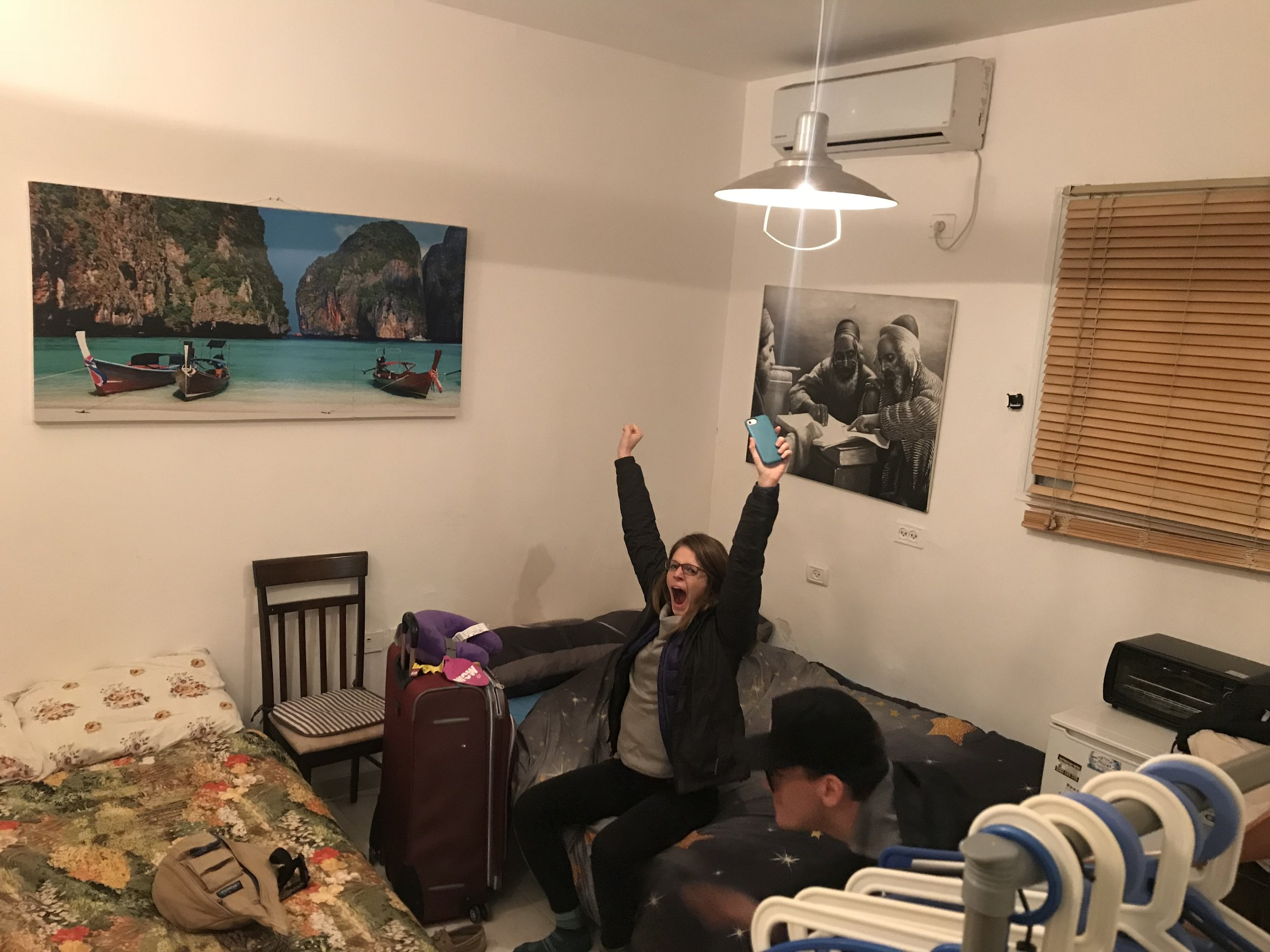 Picture of Steph yawning in our Airbnb