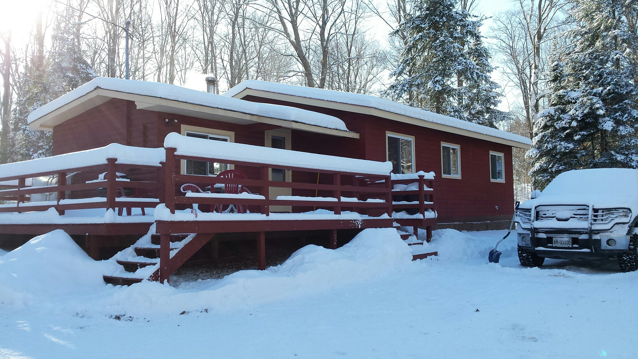 Cottage 6 Winter Day.jpg