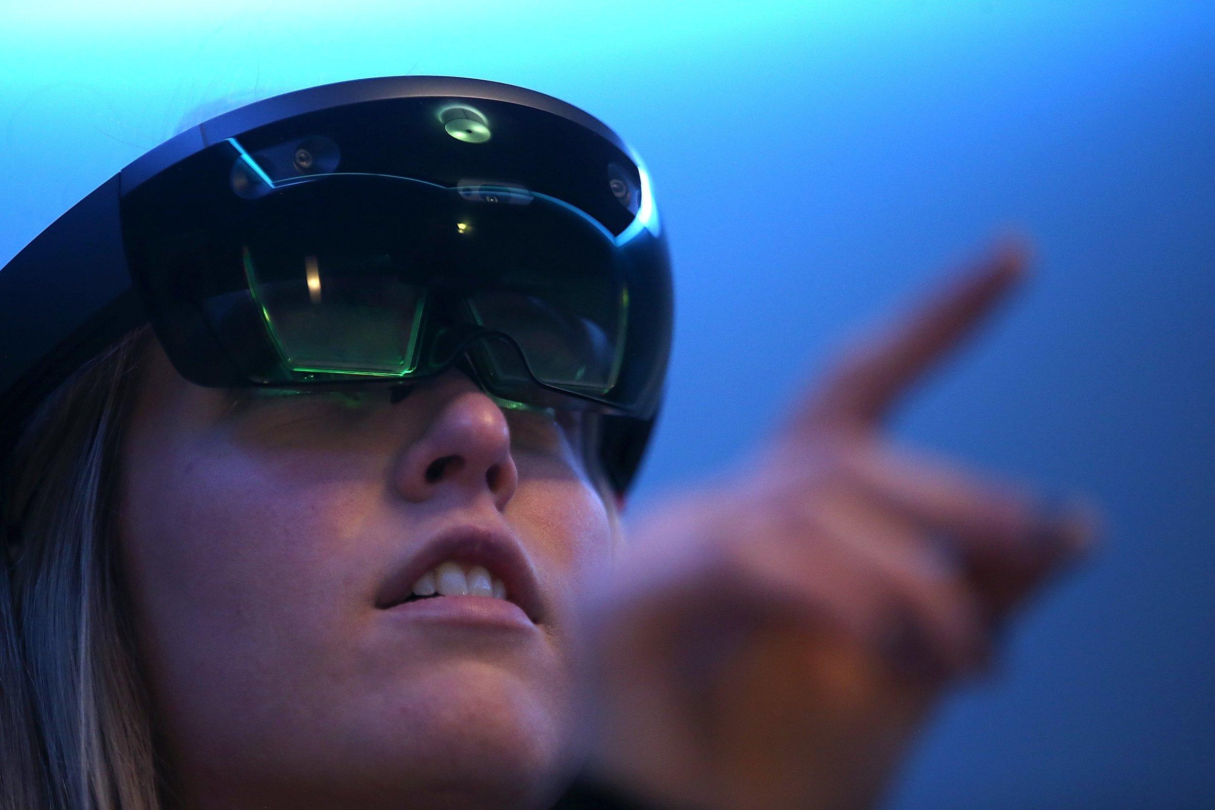 Hololens close-up optics. Image credits  TIME