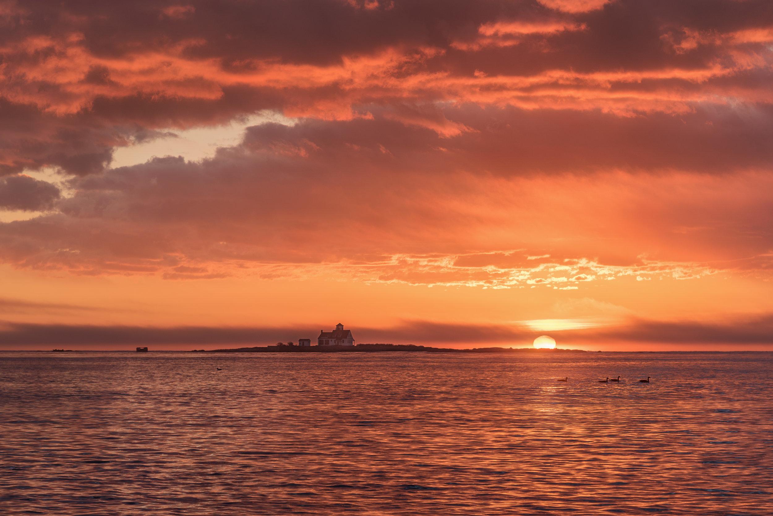 Portsmouth_Harbor_Sunrise.jpg