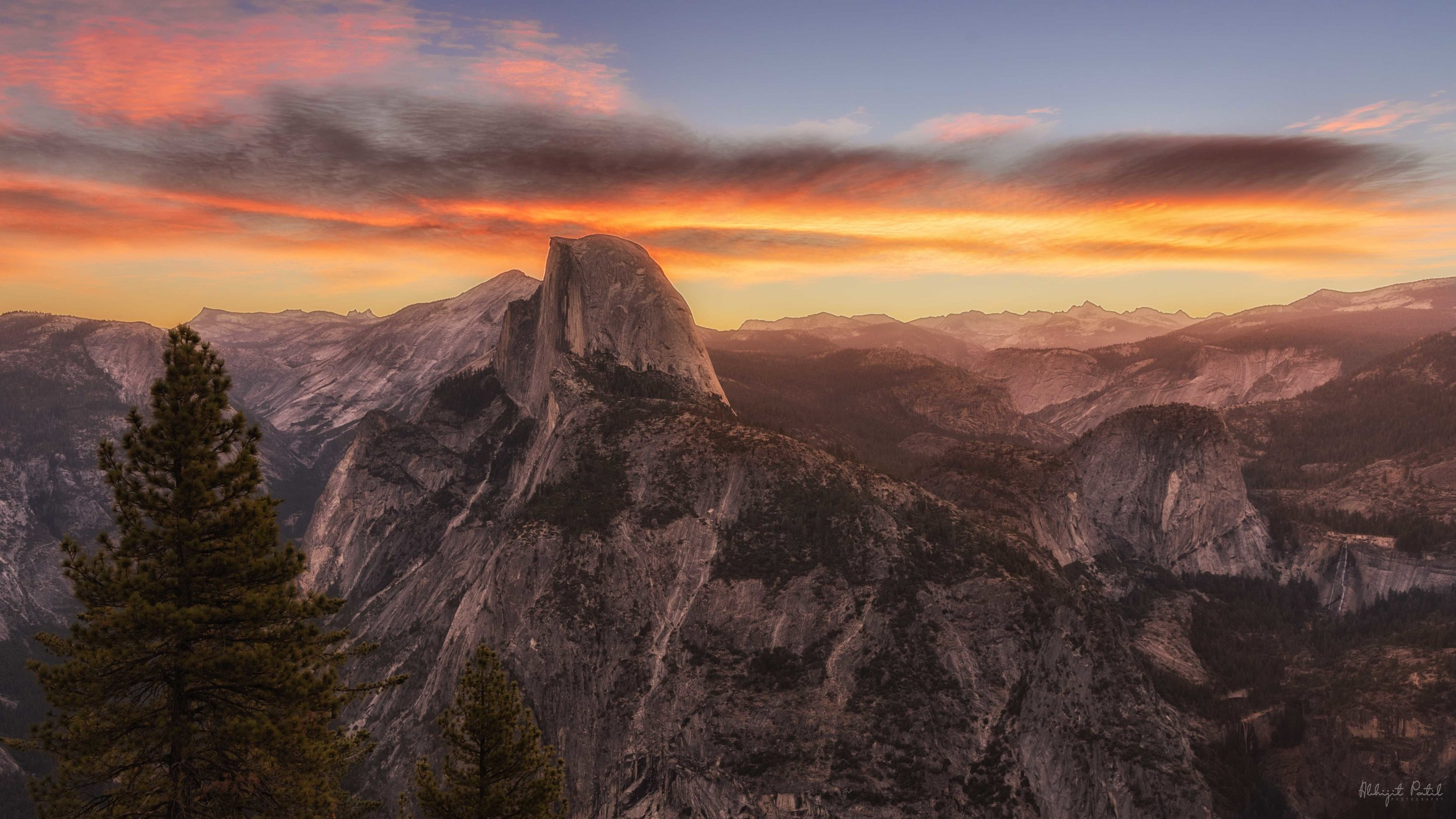 Half_dome_sunrise.jpg