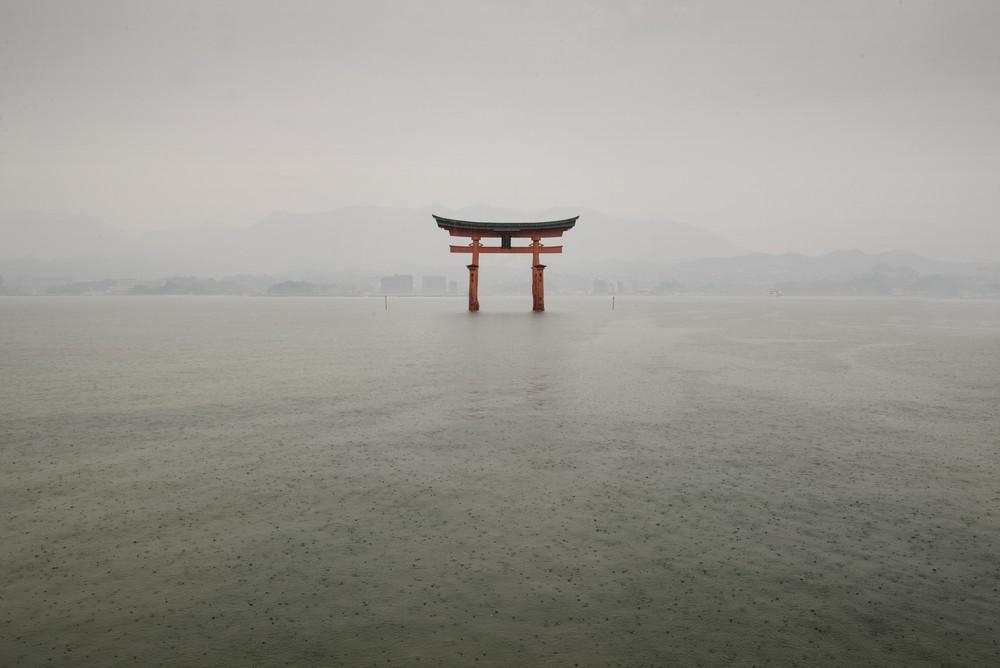 Itsukushima Shrine_tn.jpg