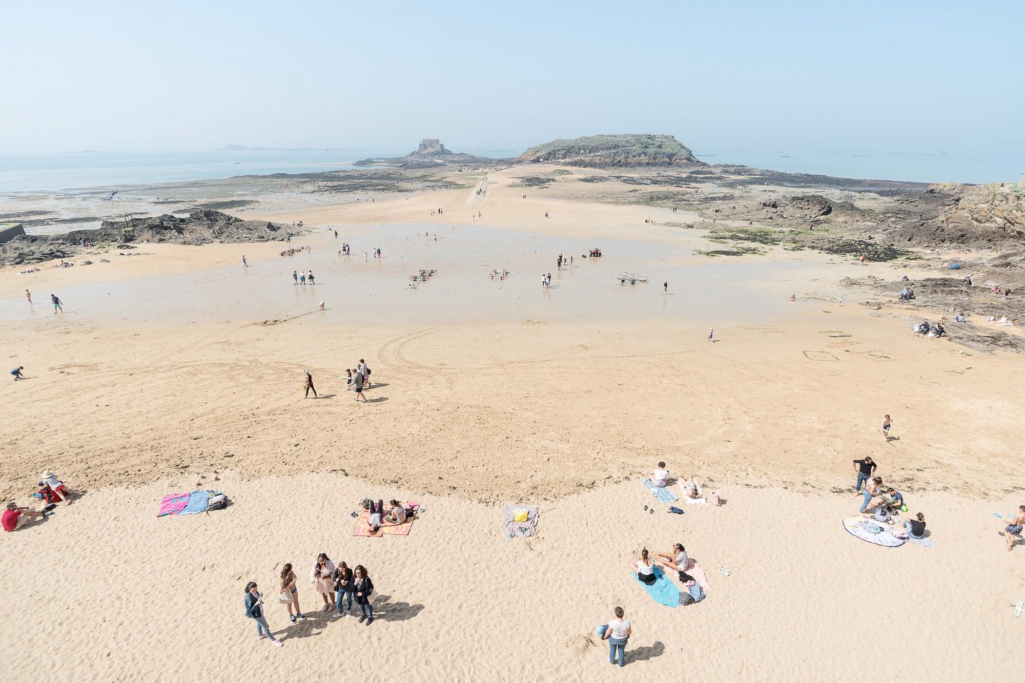 D04_7843 Saint  Malo beach.jpg