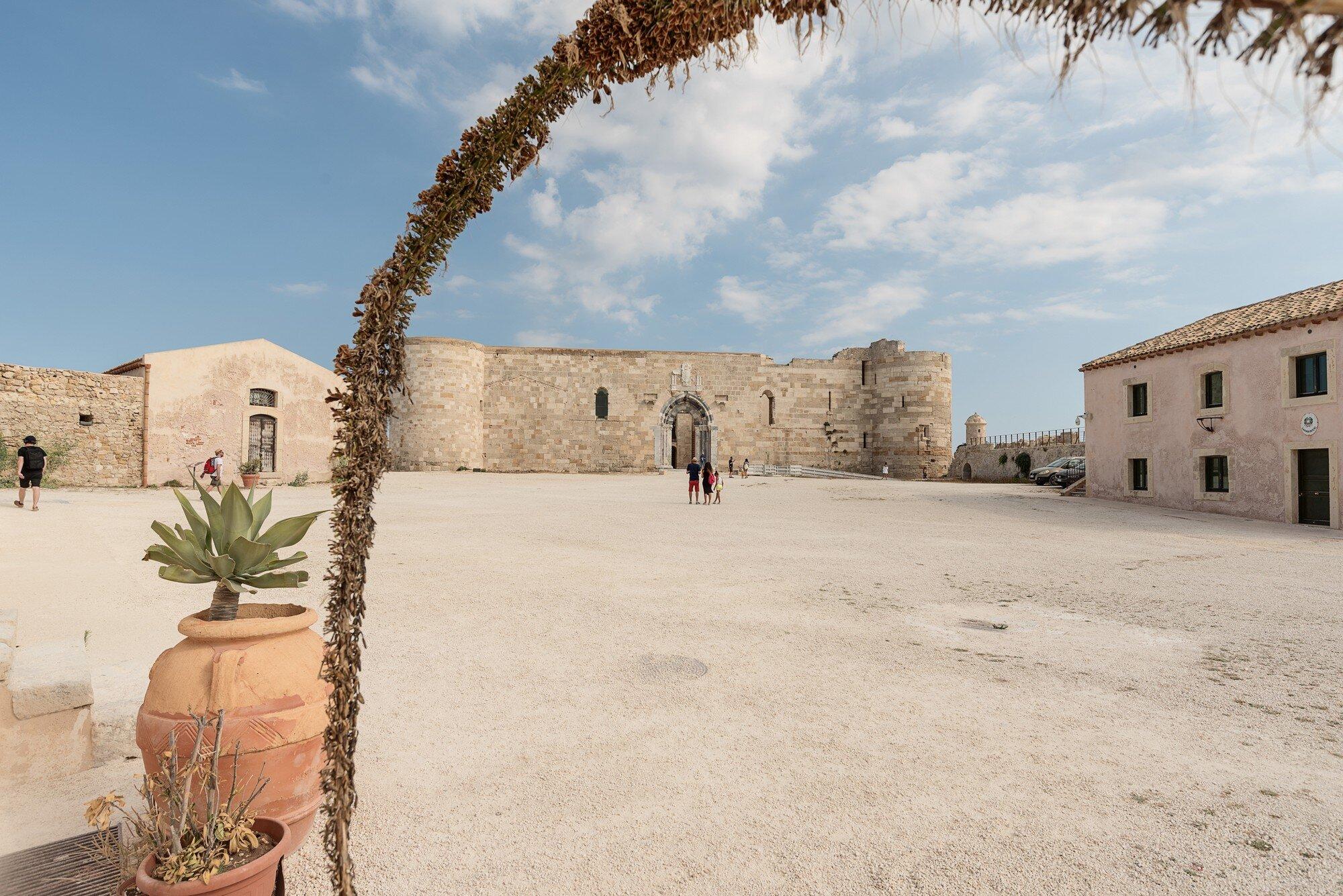 D05_5458 Siracusa castello_tn.jpg