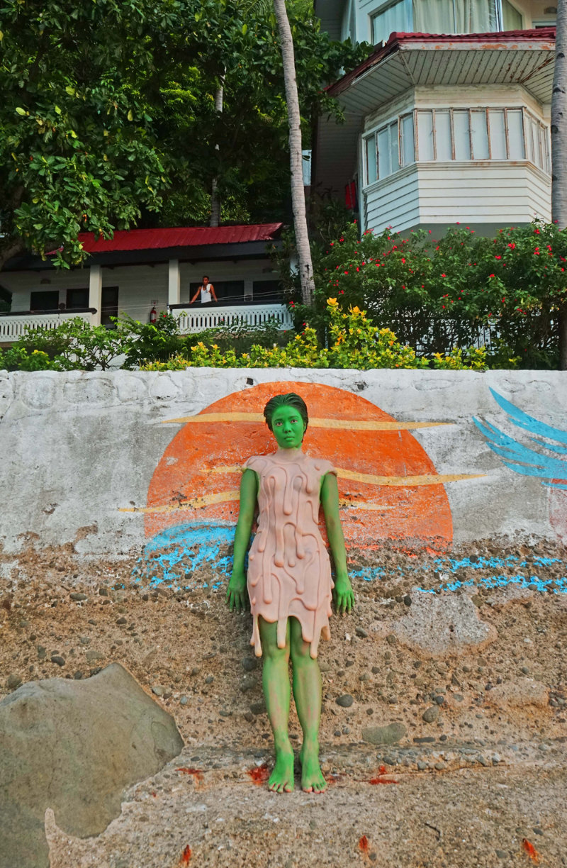 Leeroy New of the Philippines - Aliens in Manila art project 04.jpg