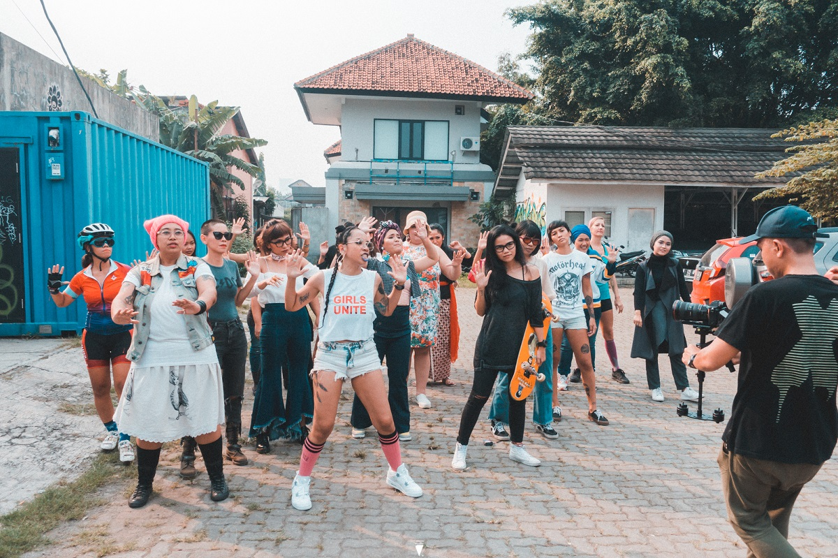 Yacko Indonesian Female Rapper Fights Street Harassment with Hands Off 09.jpg