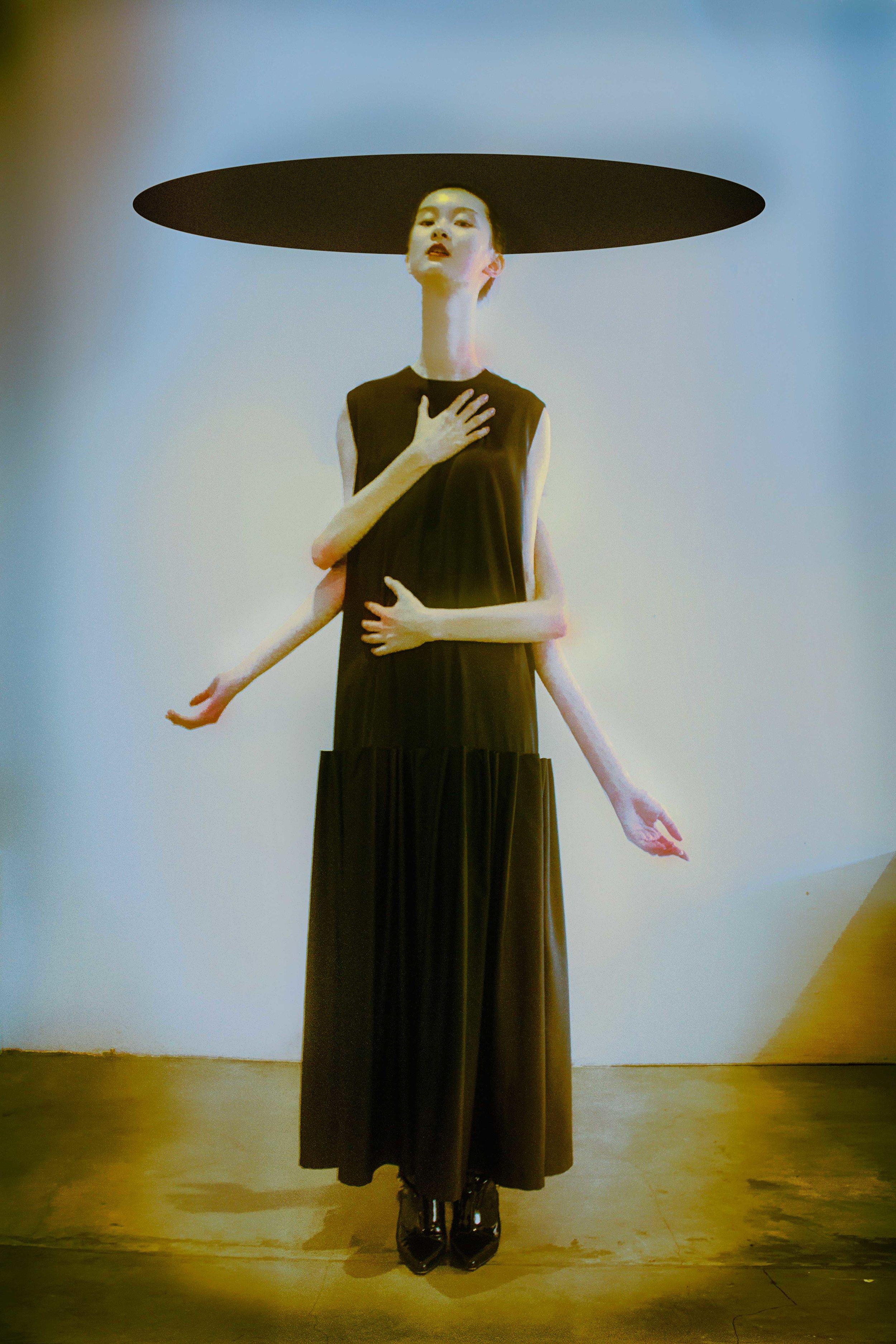on Clarita: dress by fbudi