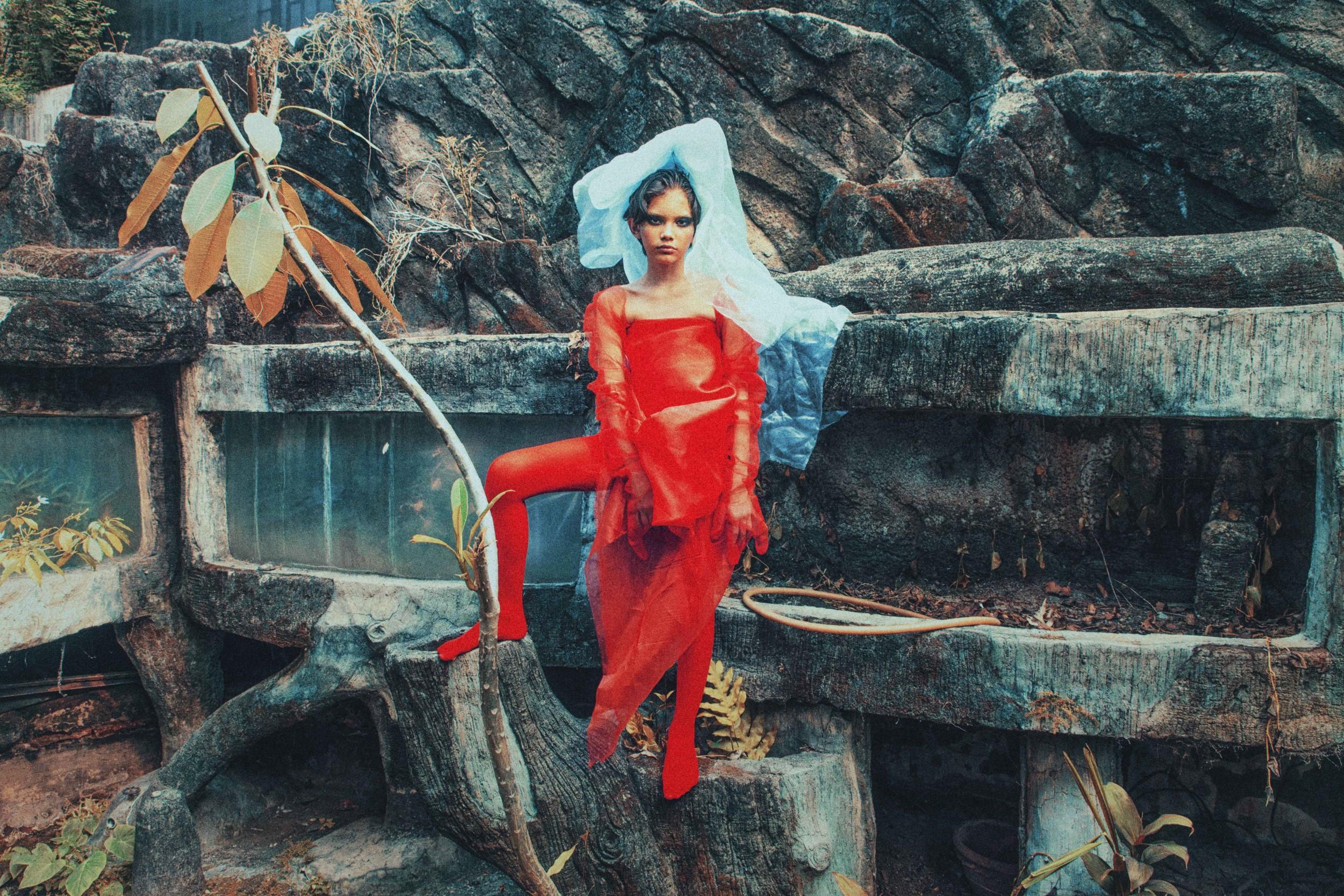 Indonesian Photographer Bintang Adamas 'Shakira' Series for Through the Photographer's Lens, Globetroter Magazine (09).jpg