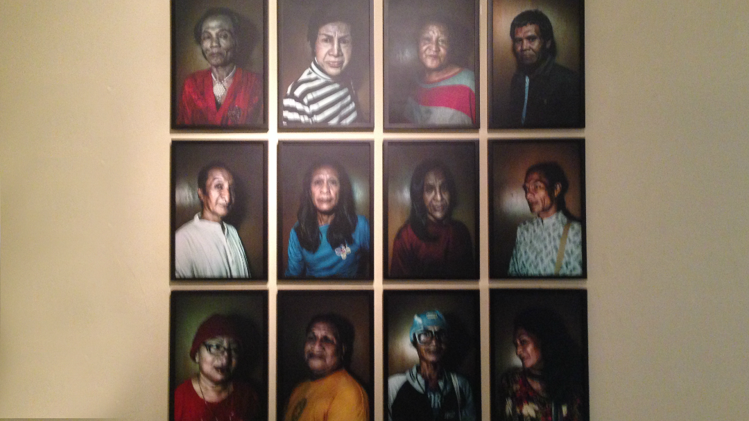 cameo photo series by photographer elisabetta zavoli.png