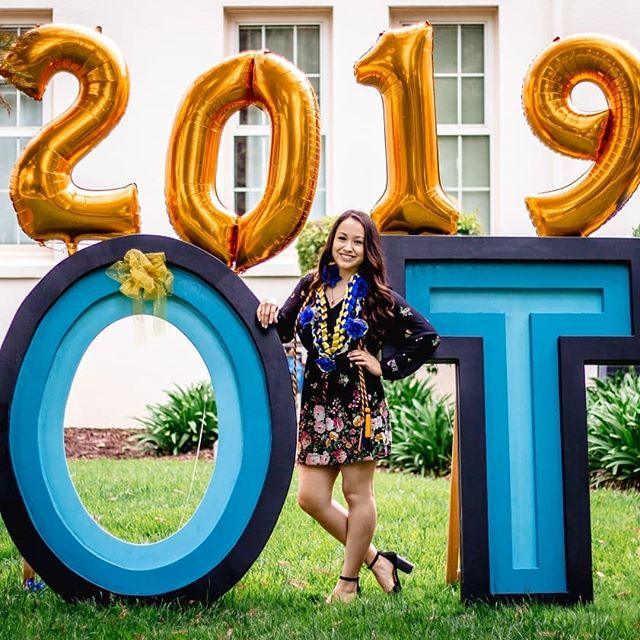 My homie got master's in Occupational Therapy!! Love her and wish her the best for her future. I know you're gonna make it far and I can't wait to watch your career grow 🎓  Also, congratulations to all the design graduates at CSULB as well!  #sanjosestateuniversity #classof2019 #graduation #portraitphotography #occupationaltherapy