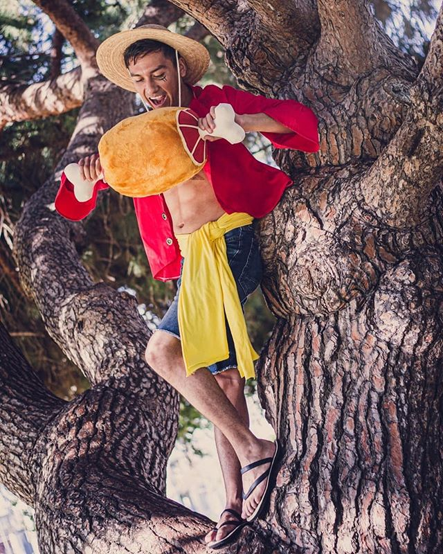 Cosplayed as Luffy for my first time coming to Anime Expo. Enjoyed getting asked for photos so much I really would love to try to do a Genos for the next time (One Punch Man)  Happy 20th Anniversary! @onepieceofficial Makeup:@superbakaranger Thank you! T.T  #onepiece #onepieceanime #cosplay #animeexpo #luffy #luffycosplay #diycosplay #onepiecetreasurecruise #onepiecetreasurecruisejp