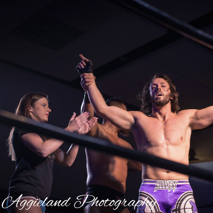 JANUARY 18, 2019 - Will Allday celebrates with The Brand after winning the 360 Championship. (Aggieland Photography)