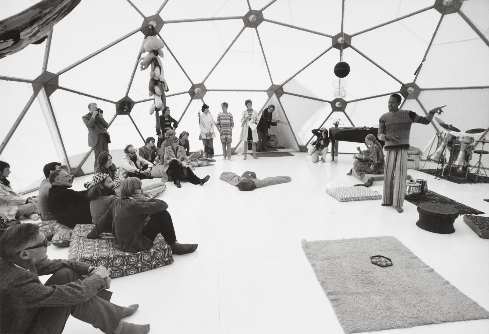 Don Cherry in the geodesic dome at  Utopias and Visions, 1871-1981 (photo by Bengt Berger)