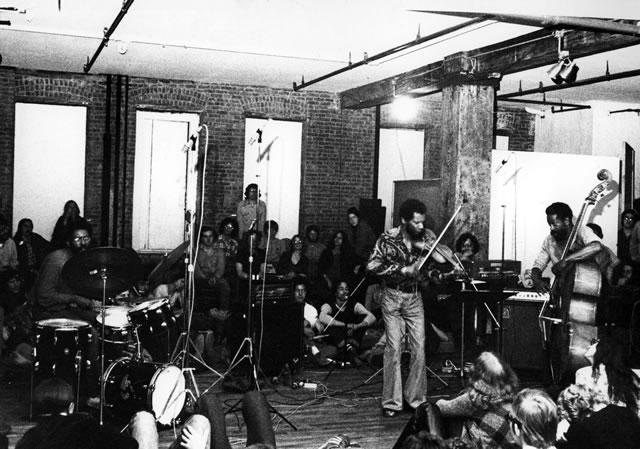 The Revolutionary Ensemble (Jerome Cooper, Leroy Jenkins, Sirone), Artist House, June 1974