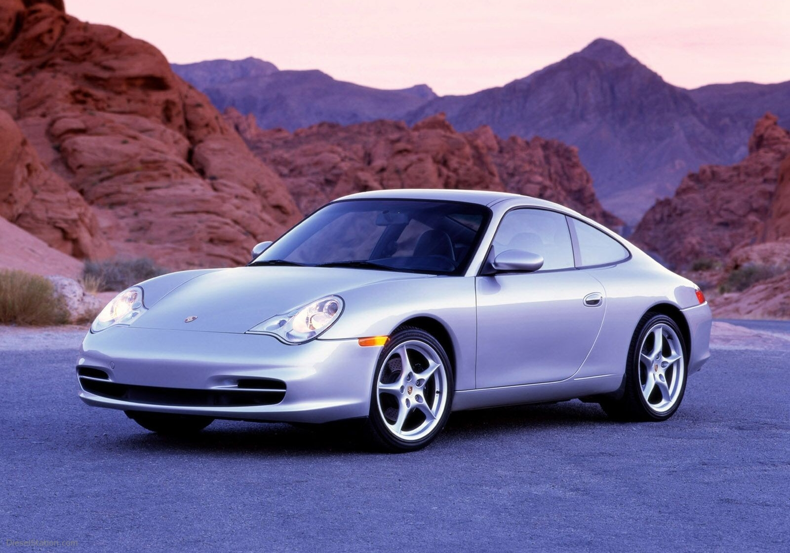 The revamped 911 996