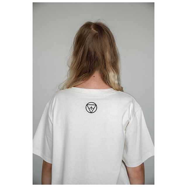 Unisex strih ✂️ pre kolaboráciu s @noizz.sk . . . . . . #local #localdesign #whatislocal #noizz.sk #collaboration #unisextshirt #unisextricko #unisex #organiccotton #biocotton #biobavlna #organicclothing #womenapparel #organictshirt #womenclothing #naturalfashion #localbrand #naturaltshirt #slowfashion #slowfashionlabel #sustainableclothing #designertshirt #ethicalbrand #belocal #lovelocal #natural #home #dictionary