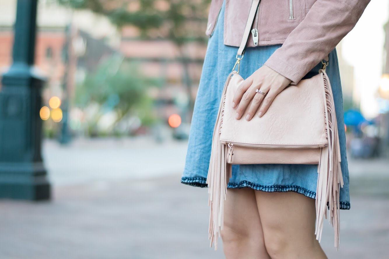 Similar purse found on Ebay