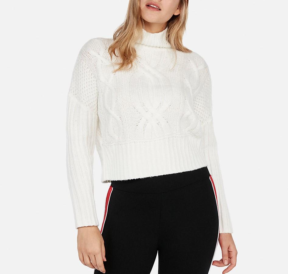Sweater (2).jpeg