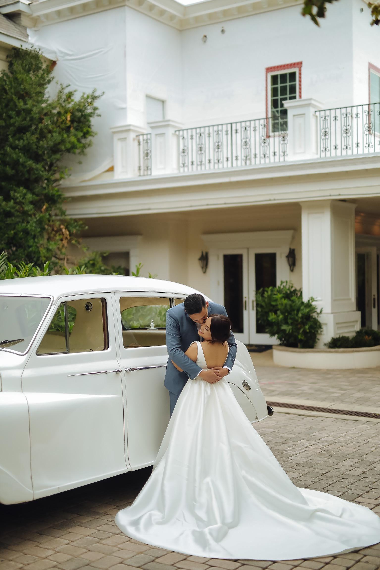 The Tides Estate Summer Wedding