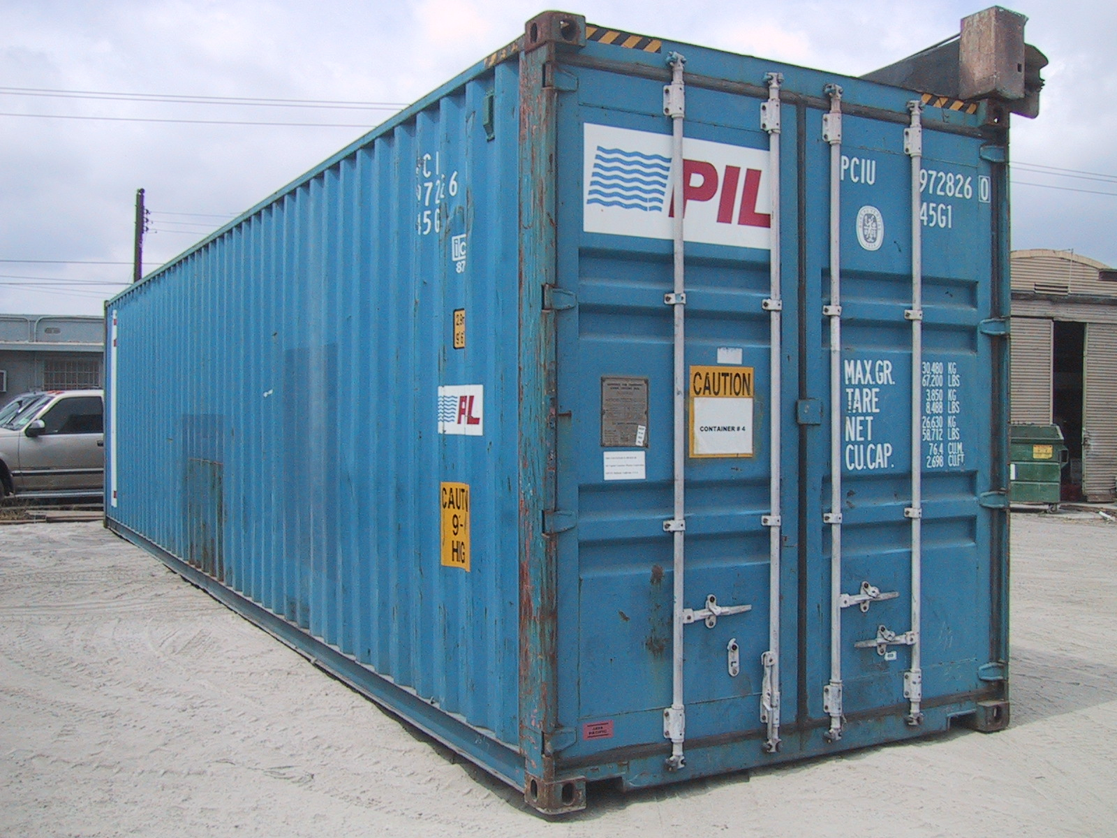 USED 40' HI-CUBE CONTAINER