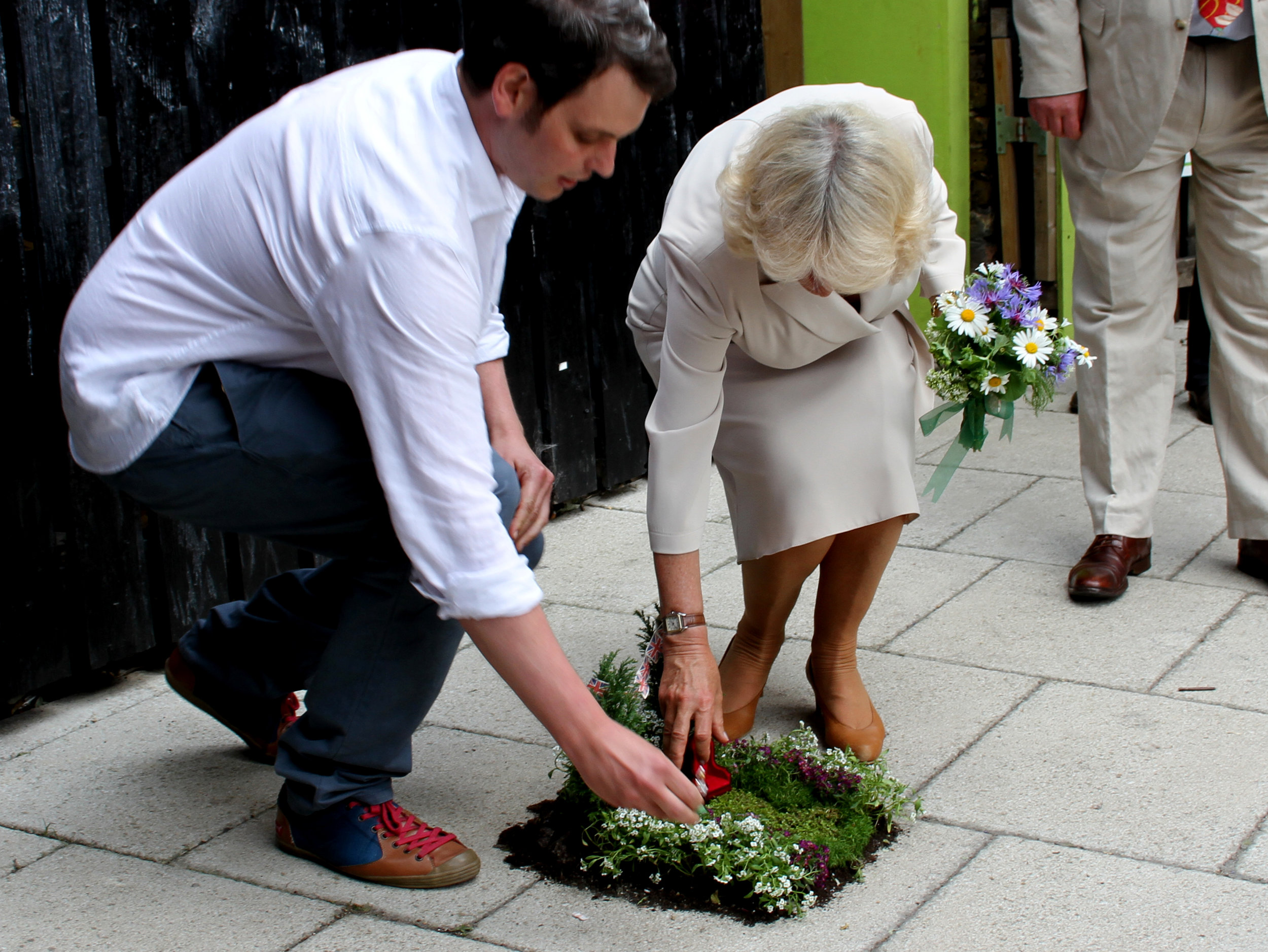 Queens Jubilee Pothole garden with camilla