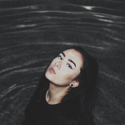Vi - BLACKWATER EP