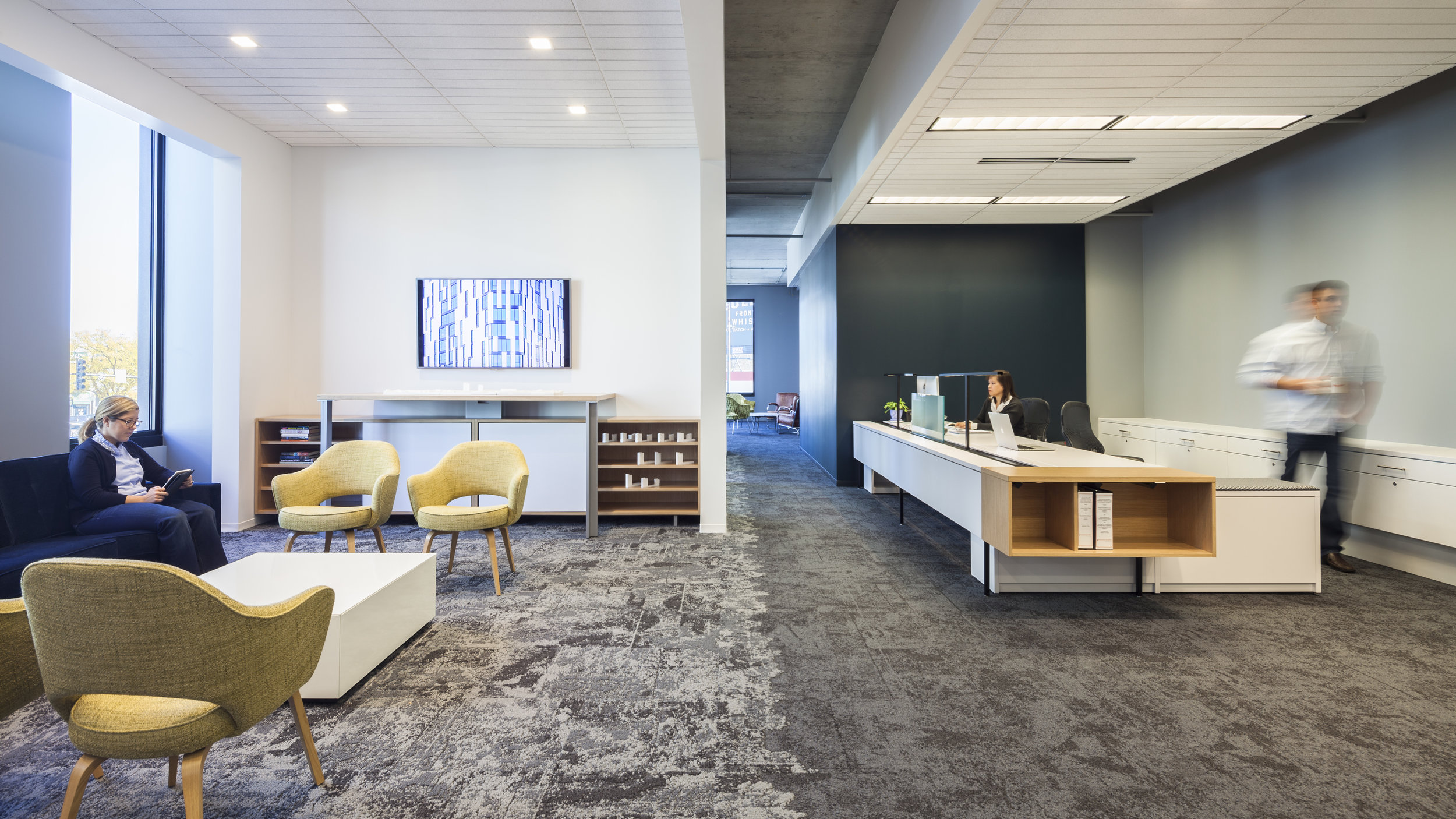 1611+W+Division+Offices_1_00229_03.jpg
