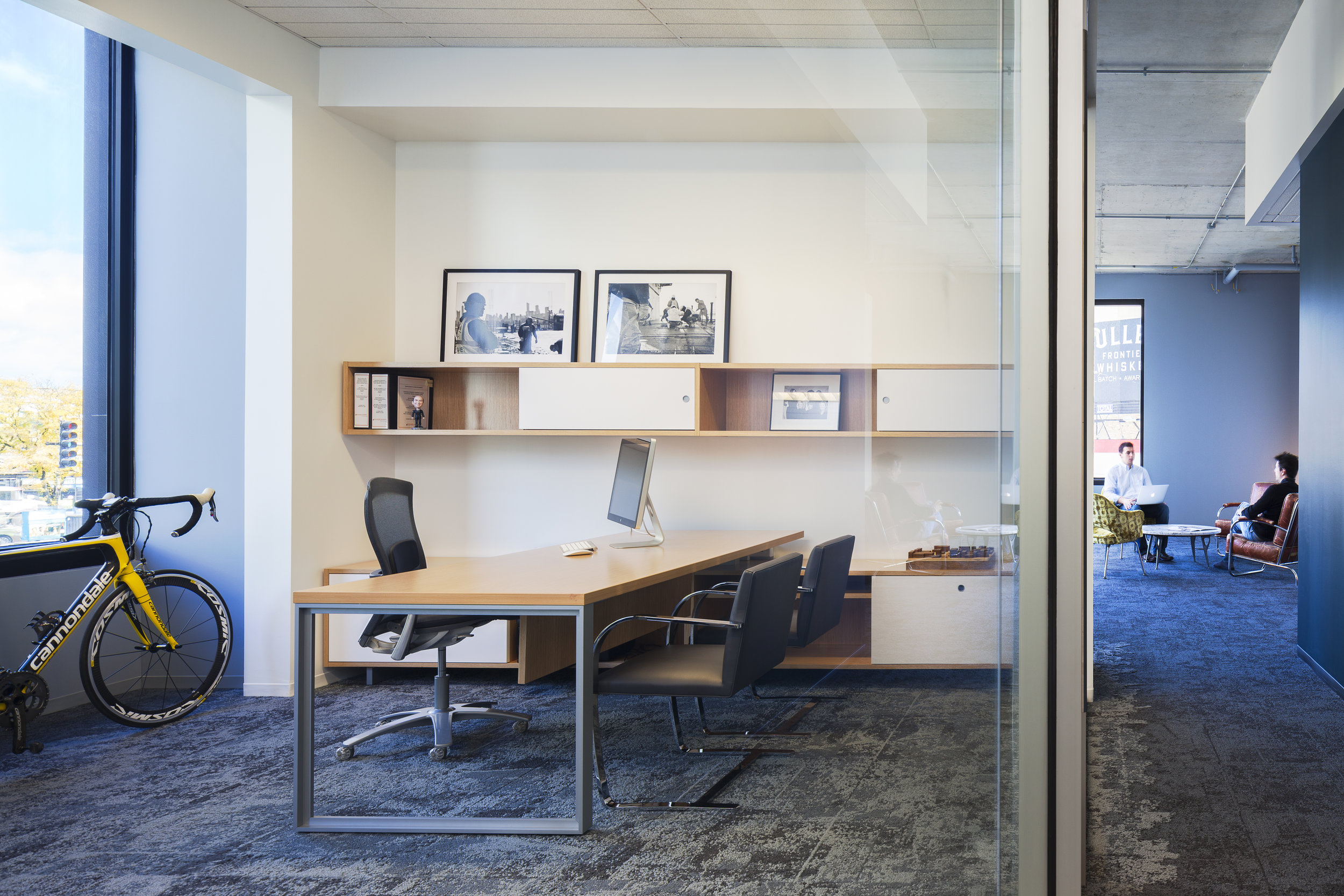 1611+W+Division+Offices_2_00229_02.jpg