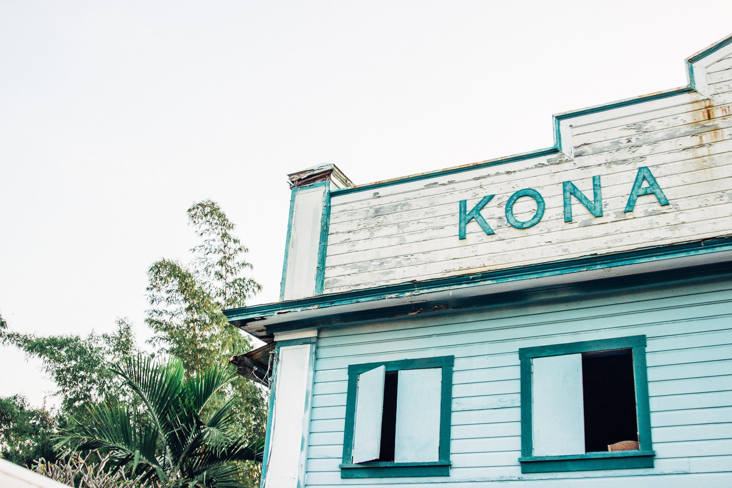 Kona Building Sign