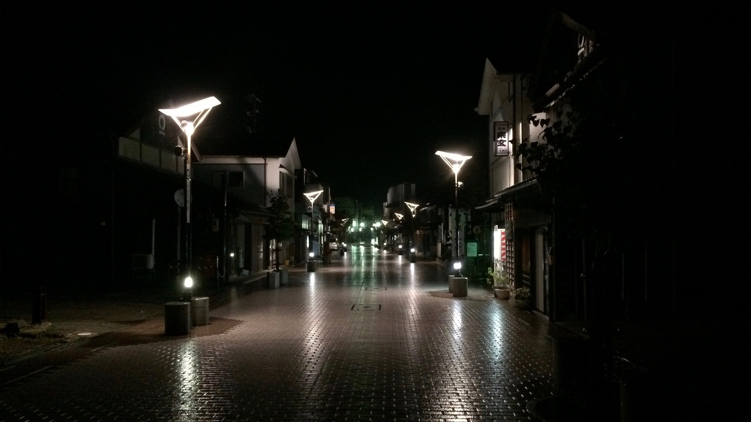 The quiet streets of Wajima in the late evening hours where we managed to find dinner.
