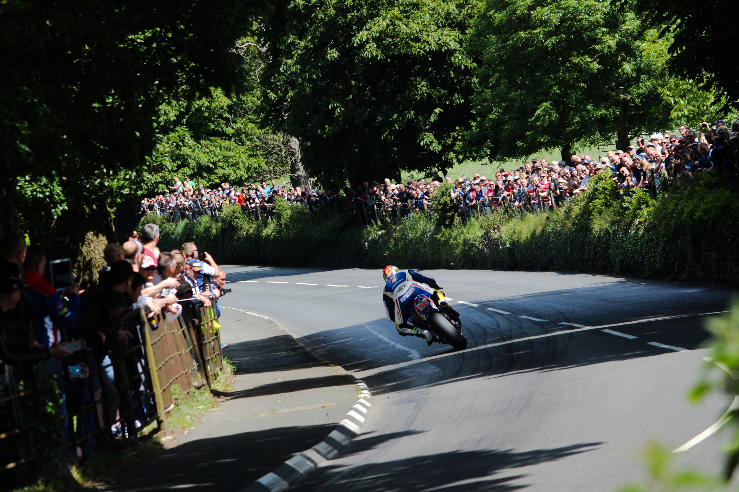 A sunny day Conker Fields... not a bad setting to take in a motorcycle race.  Neundorf photo