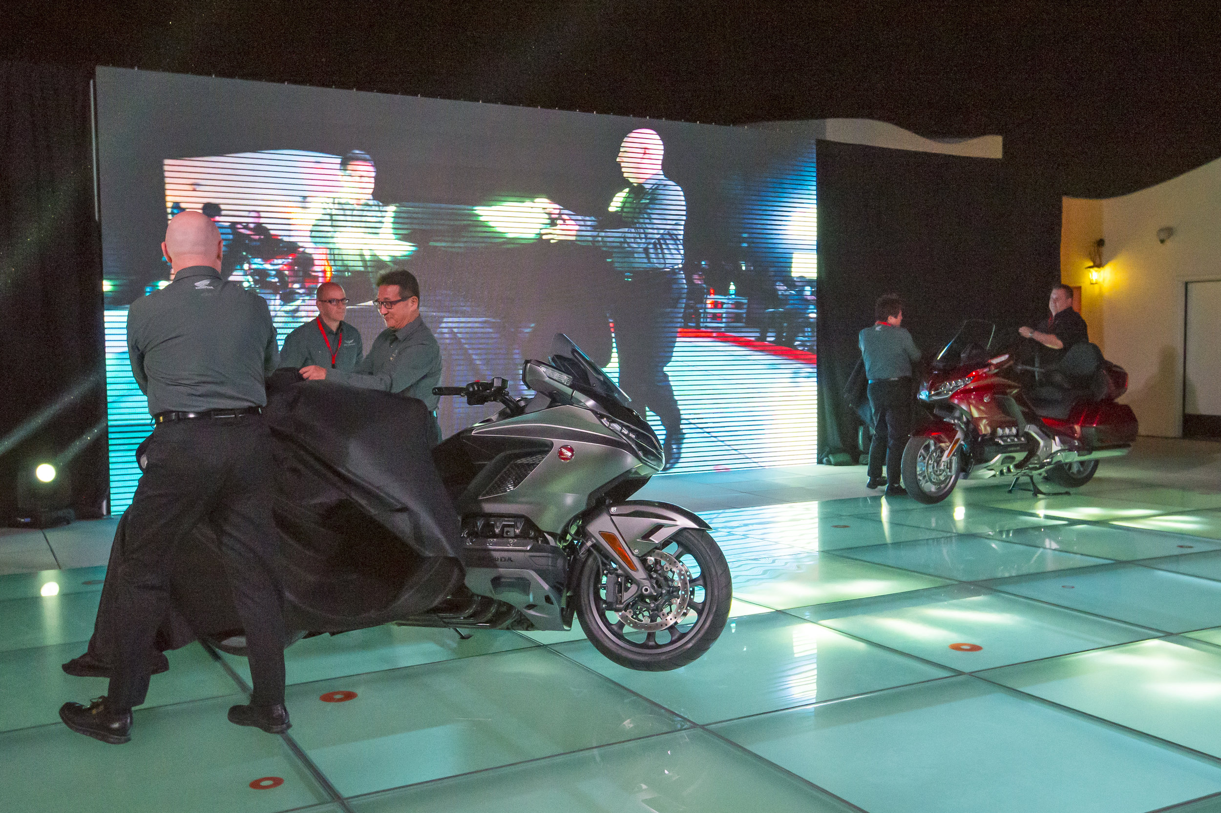 In collaboration with Islay Events, Jonnum Media and American Honda executed a dynamic unveiling that engaged the live audience as well as those viewing on Facebook Live.  Image: Kevin Wing
