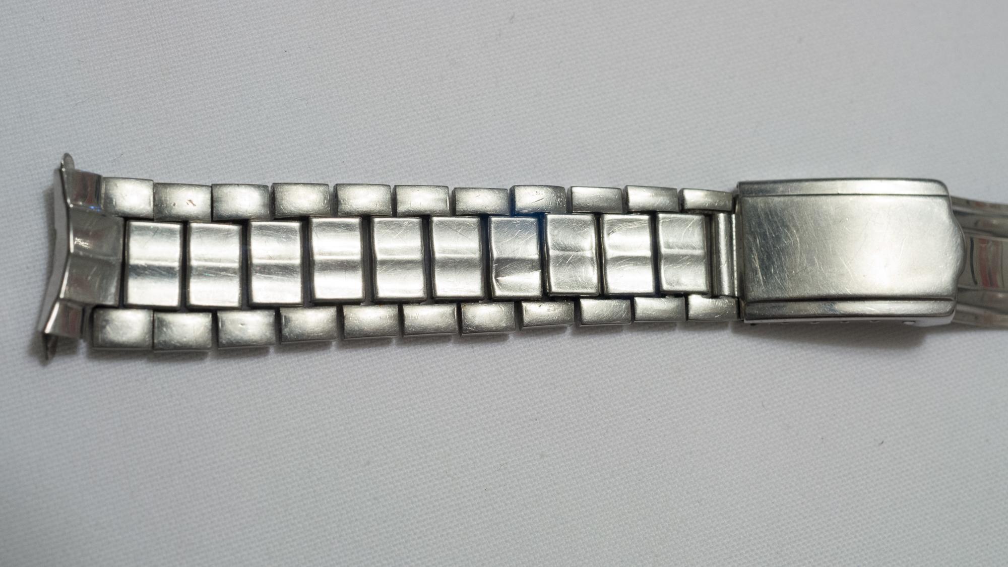 Bracelet Top Detail