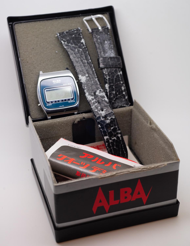 Alba LCD