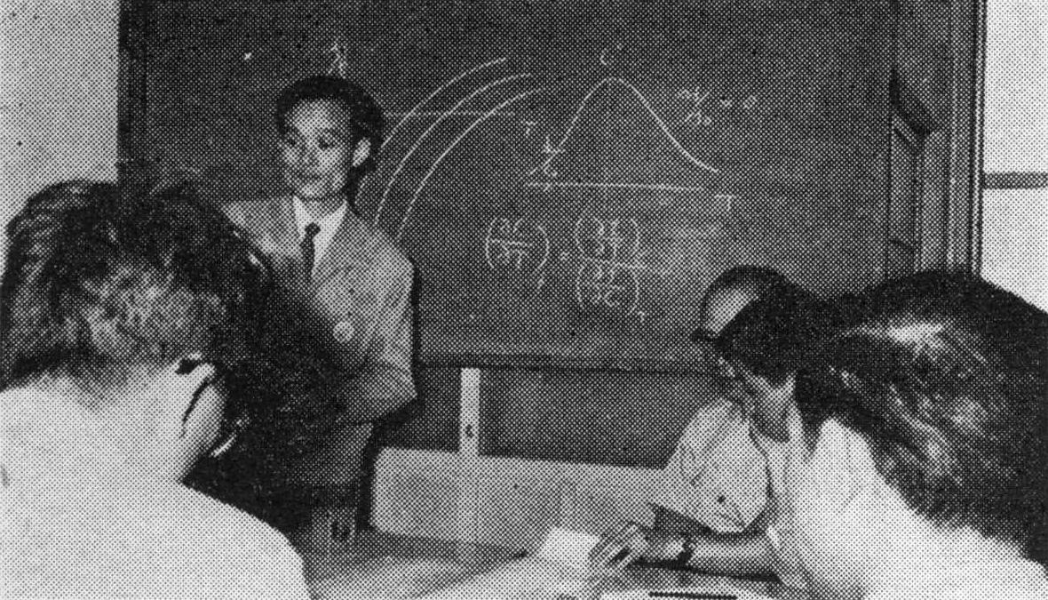 Susumu Aizawa (front)