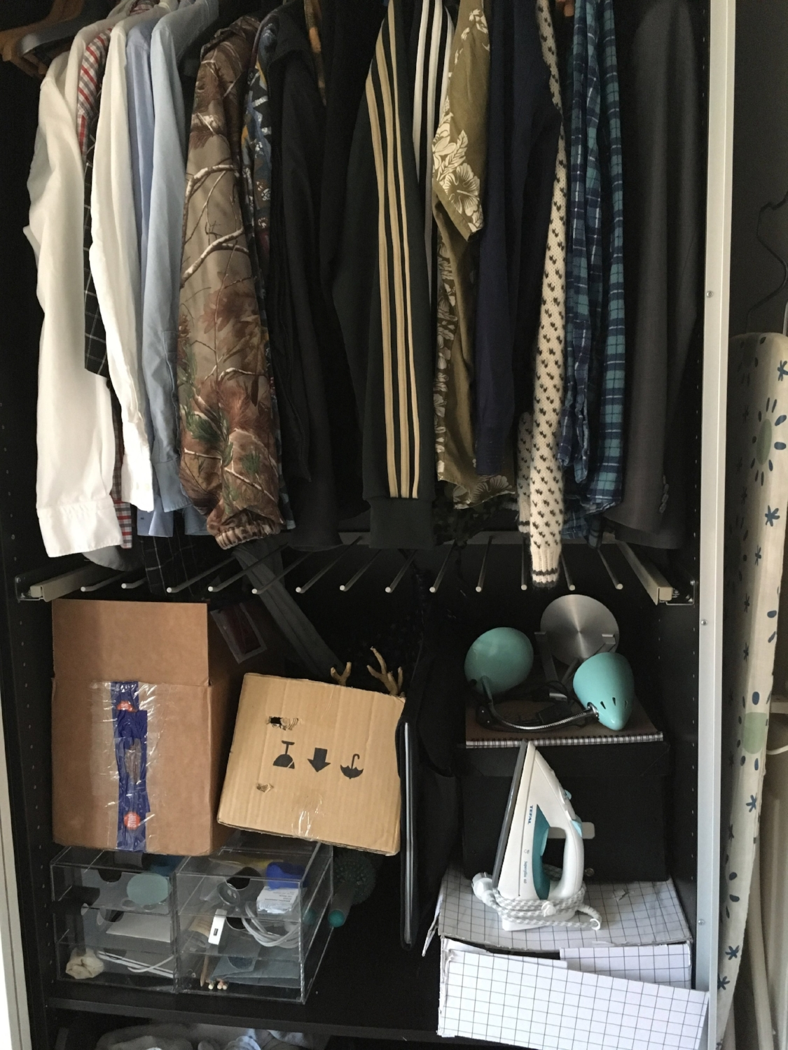 Sons closet - before