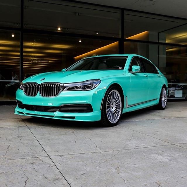 Fortune favours the bold. A #MintGreen 7 series via @bmwindividuell & @bullpup.jay