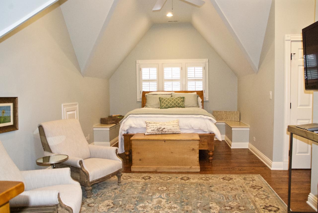 Kat's Room.jpg