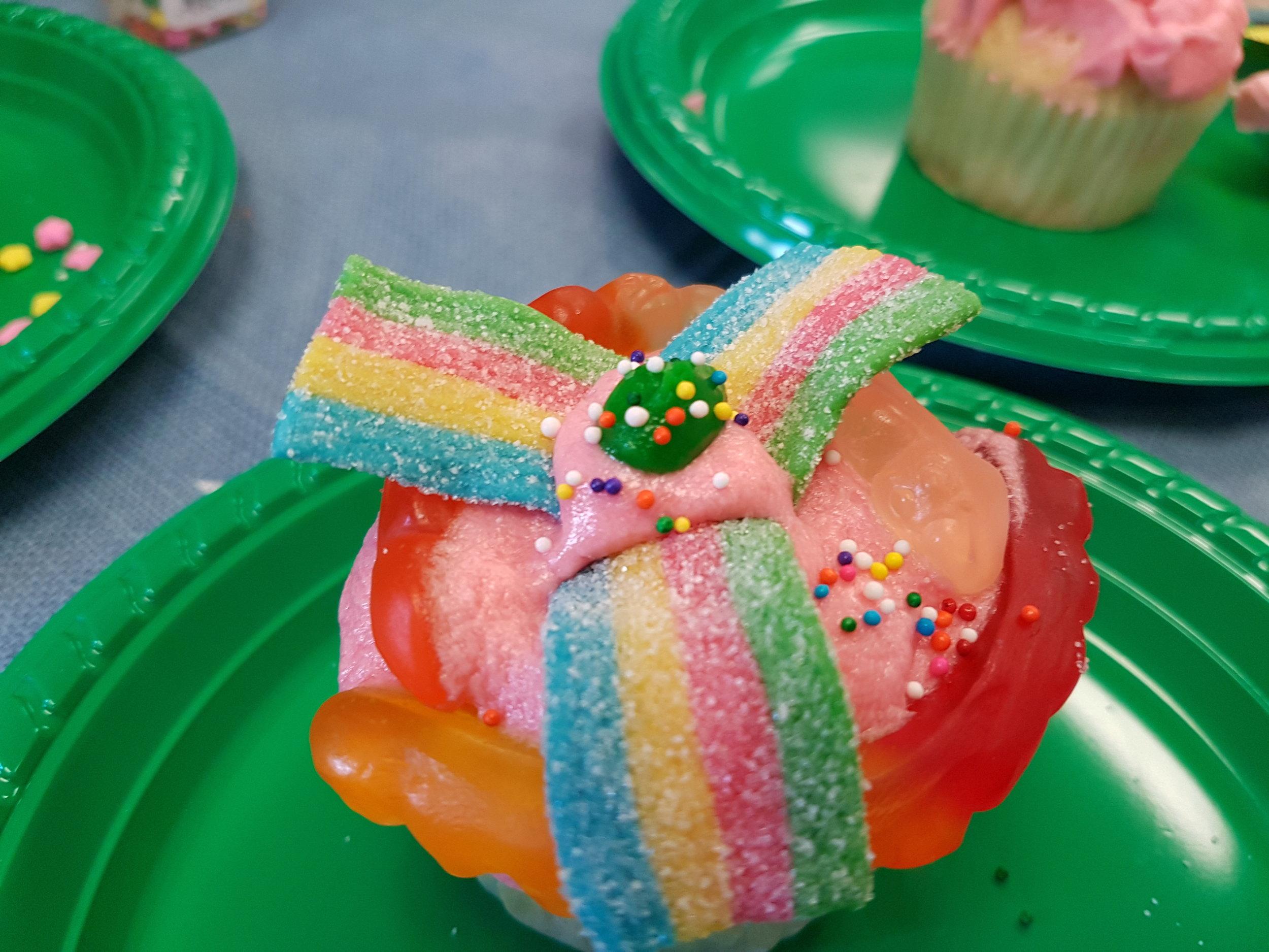 decorated cupcakes.jpg