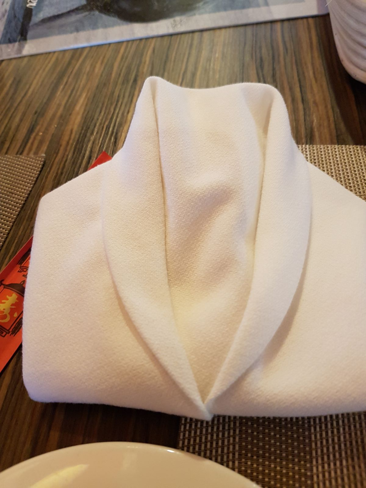 Tuxedo napkin.jpeg