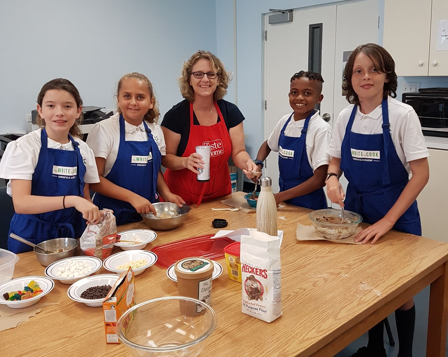 Mrs. Resnik shares her edible cookie dough recipe with the chefs!