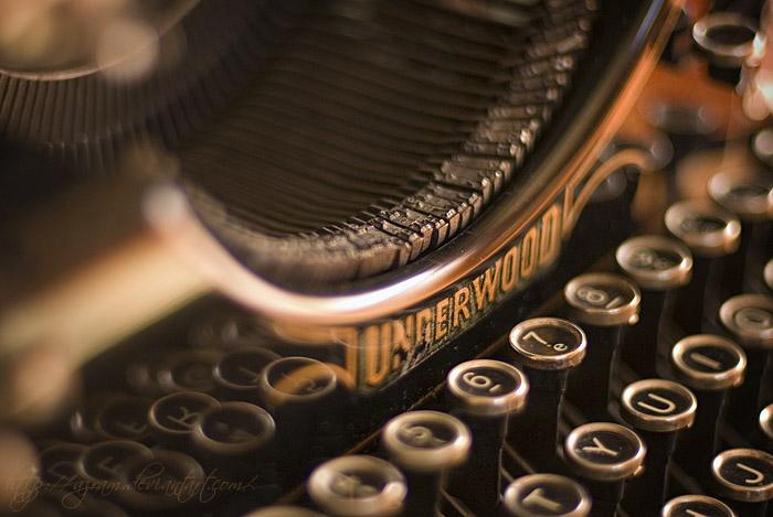 2typewriter.jpg