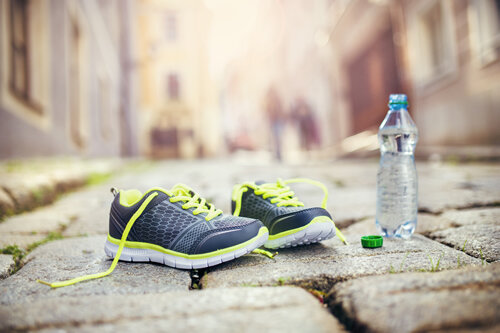 article-098-running-shoes.jpg