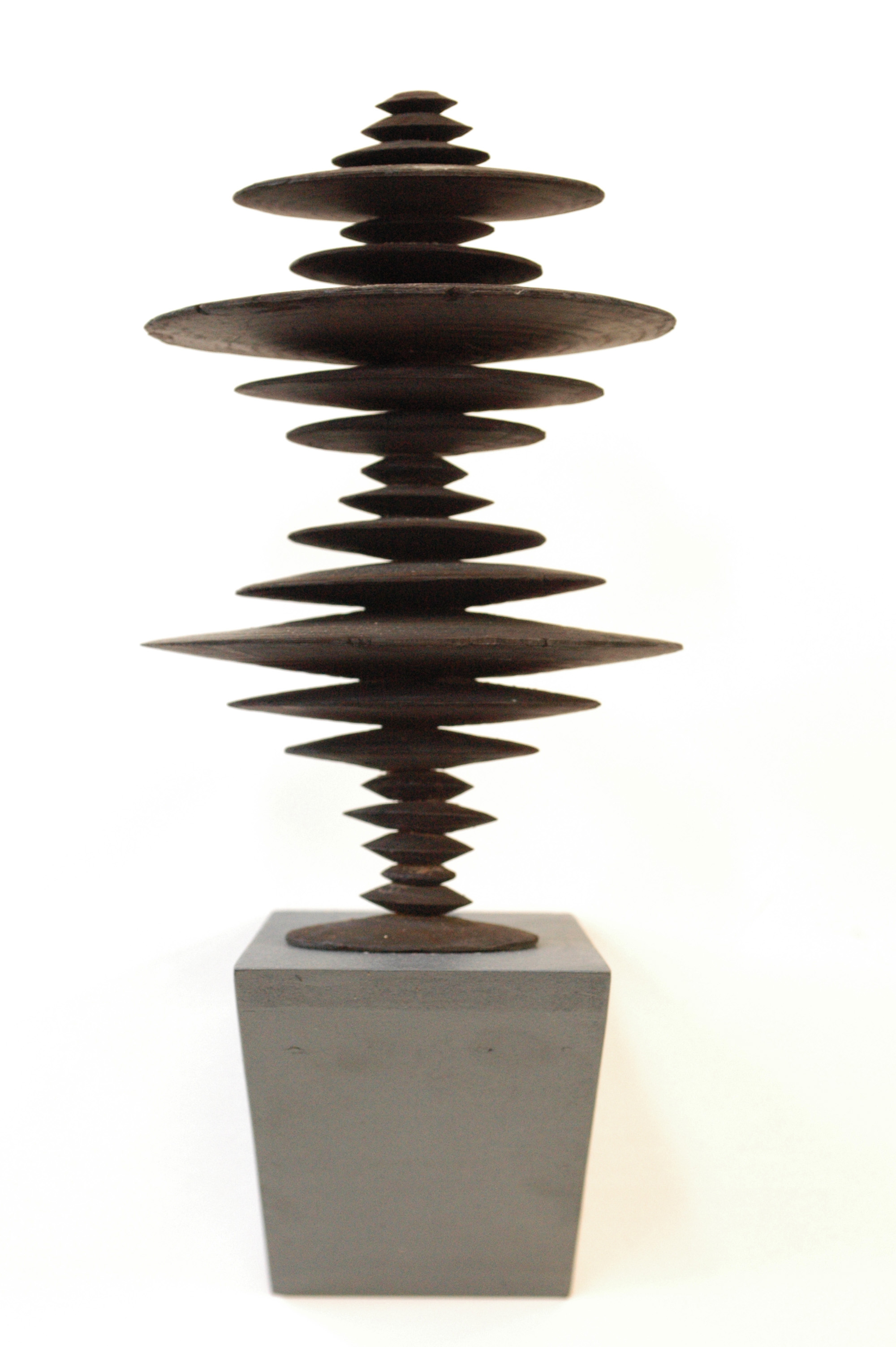 Ewen Coates,  satori time machine #4,  2012, bronze