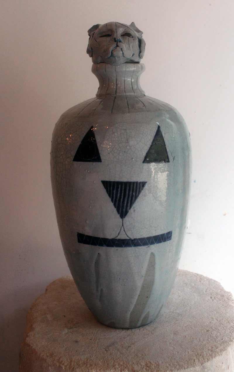 Cat Vessel , 2017, stoneware ceramic glaze, 43 x 19 x 19cm In collaboration with Andrew Allen